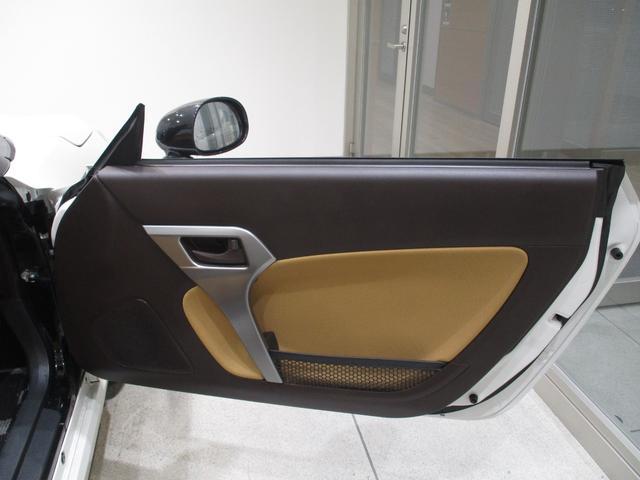 コペンローブターボ フルセグナビ Bluetooth対応 DVD再生 バックカメラ ETC キーフリーシステム シートヒーター プッシュボタンスタート タイミングチェーン オートエアコン LEDヘッドライト(滋賀県)の中古車